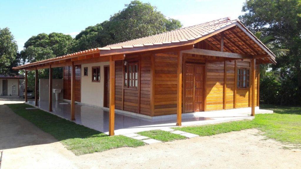 Casa de Madeira 100 m² Térrea em Garapa